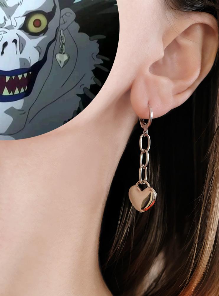 Сережка Рюка (Death Note)
